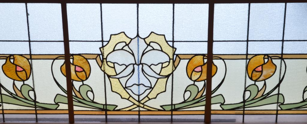 Partie de la verrière Art Nouveau de la Maison Losseau